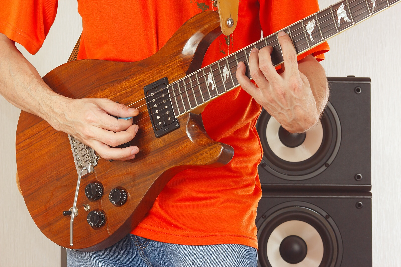 Learn To Play Rock Guitar