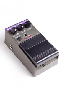 Analog delay effects pedal